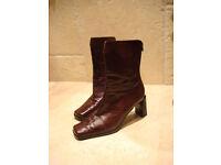 Peter Kaiser boots Size 5 ½