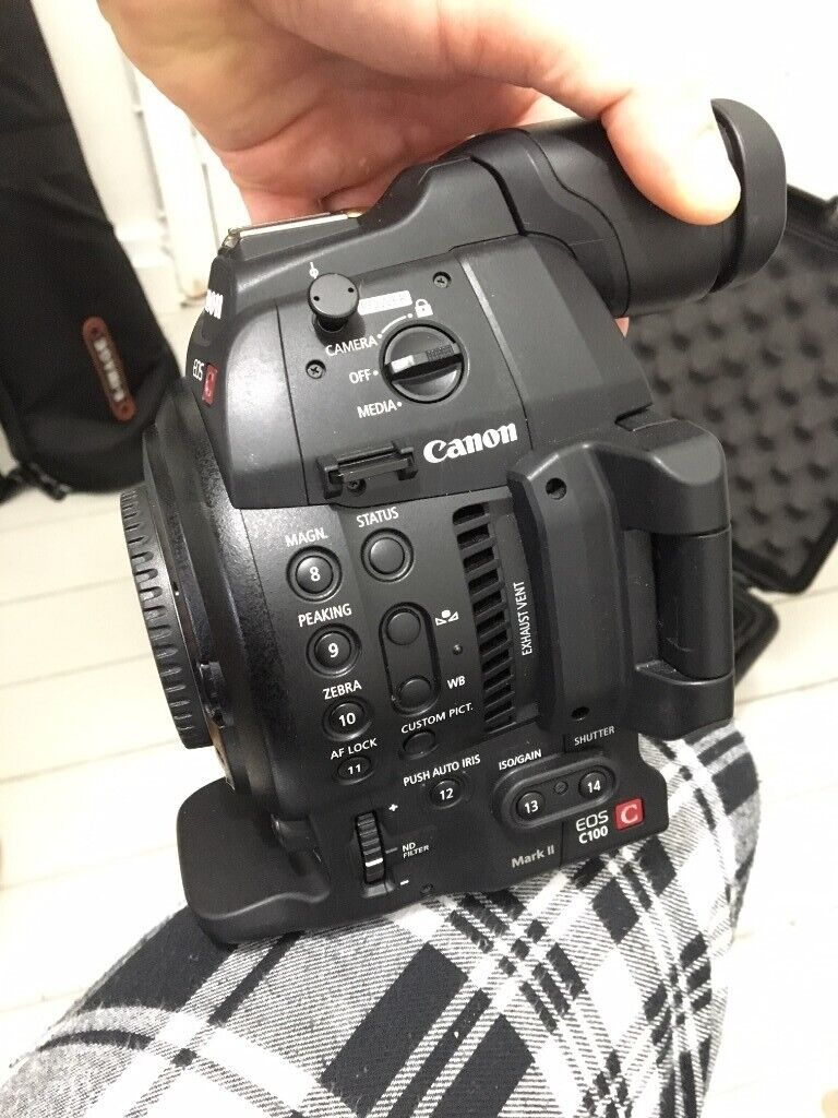 Canon C100 MK2 Super 35mm cinema camera  with accessory | in Walthamstow,  London | Gumtree
