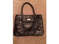 Black handbag with 3 compartments as new