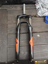 Mountain bike front suspension forks