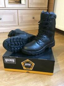 Magnum Elite II Black leather boots UK9