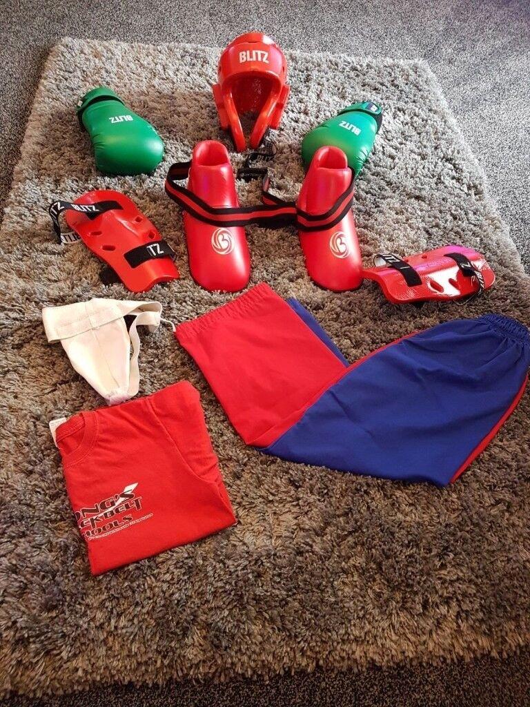 Longs blackbelt kickboxing kit