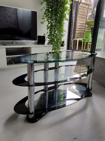 Quality Glass Oval TV Stand