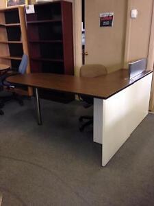 Vous pensez vert - Nous récupérons vos meubles de bureau - Nous payons le meilleur prix