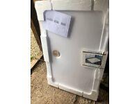 Shower tray 1100mm x 700mm