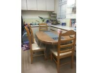 Oak Dinning Table with 6 Chairs