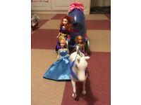 Disney Princess Horse and Pumpkin Carriage with Cinderella, Rapunzel and Merida