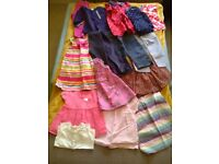 Bundle of girls clothes 12-18months.x16 items