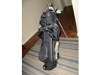CHICAGO GOLF BAG AND CLUBS