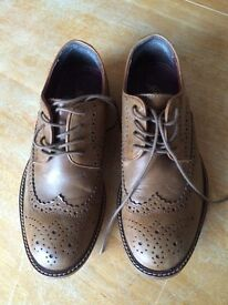 Boys leather brogues