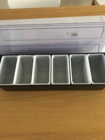 Condiments holder 6 removable compartments can put ice around new boxed unused