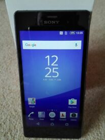 Sony Xperia Z3 Unlocked. Very nice condition and perfect working order