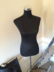 Mannequin for making clothing