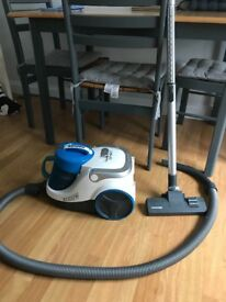 Hoover spirit cyclone 2000W