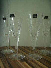 X4 ROYAL DOULTON WINE GLASSES - never used - metro design, £25.00 ovgo
