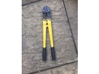 """New 18"""" bolt croppers"""