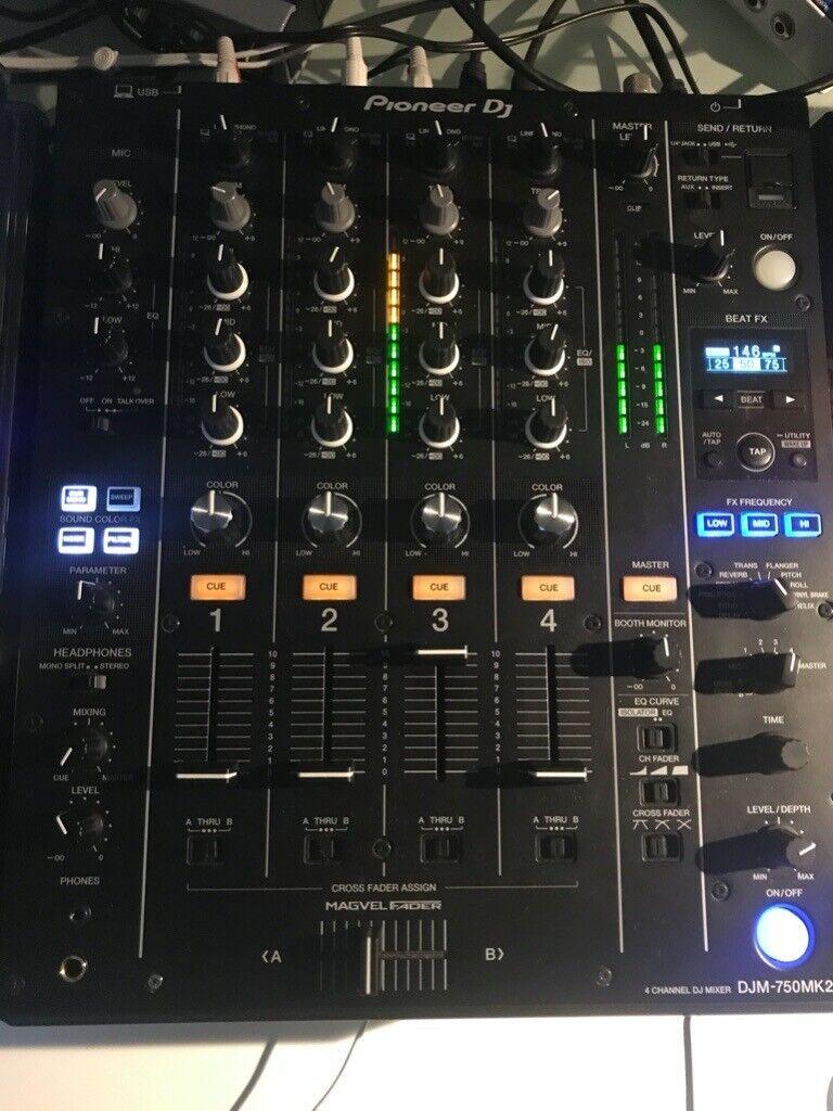 """DeeJay LED 12/"""" DJ Mixer Flight Case Select Pioneer Denon Behringer 12/"""" Mixers"""