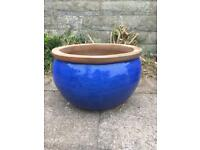 Blue glazed garden pots x2