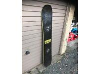 REDUCED PRICE bataleon evil twin snowboard
