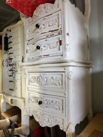 2x shabby chic bedside drawers