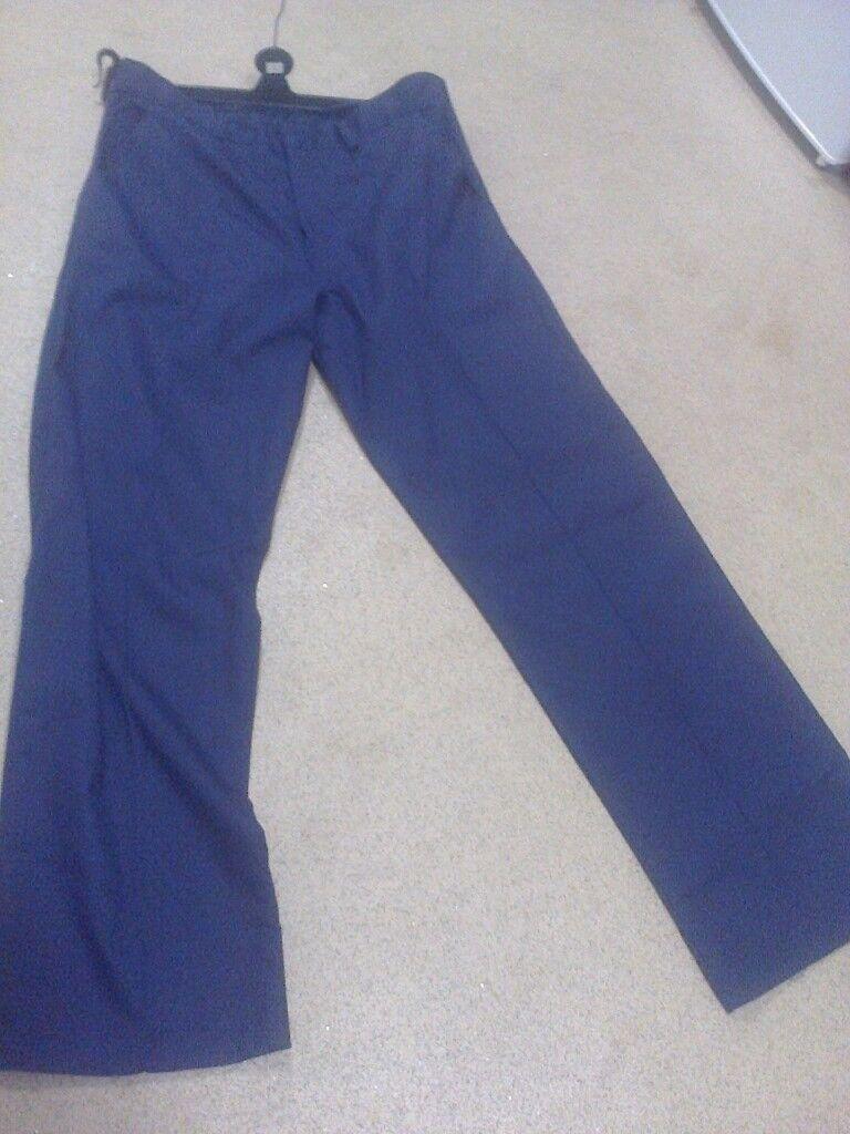 1x Navy blue man trousers size 34 waist & 30 leg