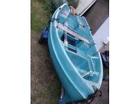 Jeaneau 4m fishing boat on trailer may split