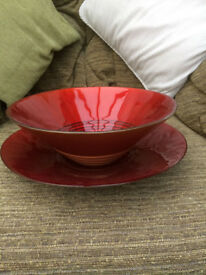Red and gold bowl and dish