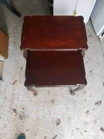 2 small Side tables in very good condition