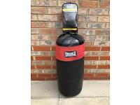 Lonsdale Bag and Bag Mitts