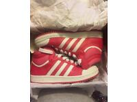 Adidas hot pink high top trainers