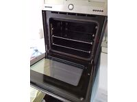 Stainless steel built in oven DIPLOMAT, was £280, CLEAN. delivery is available.