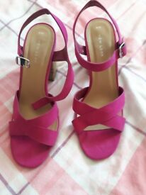 Bright pink Shoes adult size 8.