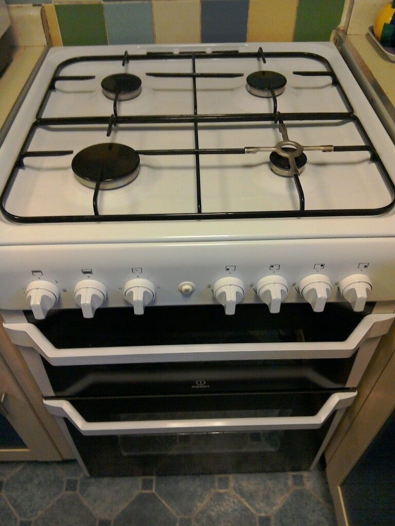 Indesit Gas Cooker - LPG or Mains Gas