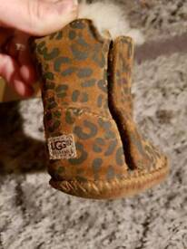 Authentic baby girl ugg boots boxed. New cost 50