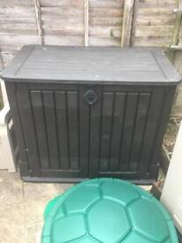 Keter small plastic shed