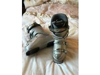 Ski boots trousers