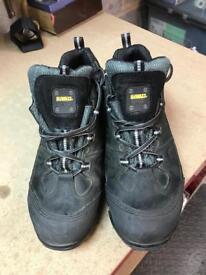 Dewalt safety shoes (UK 10)