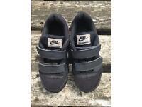 Kids Nike trainers size uk 11