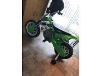 Avigo scrambler 6v motorbike no charger