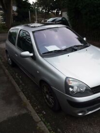Renault clio daily runner no problems. Alloys tinted windows