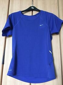 Nike Dry fit running top