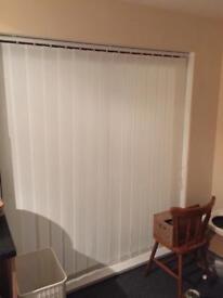 Large runner blinds