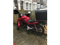 HONDA CB125F GLR125 2015 RED 13221 MILES PLS CONTACT ME 07389194502