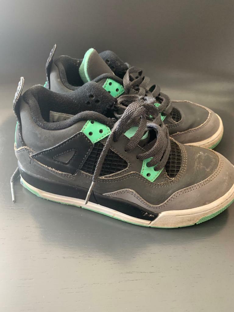 bc6b5b7b5081 Size 12 junior Nike air Jordan trainers girl boy children