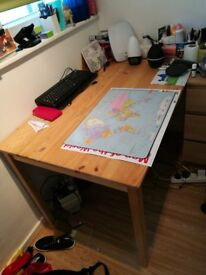 Desk/table IKEA very good condition