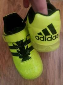 Kids size 9 adidas trainers football