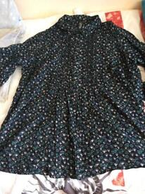 Evans smock Type top with beaded detail size 26