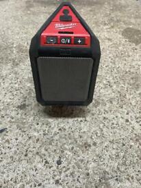 Milwaukee 12v blue tooth speaker & battery