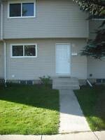 Bright 3Bdrm Westside Townhouse - Nov 1st $1100.00 Pet ok