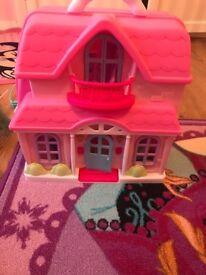 Dolls house / doll set / doll playset / doll house